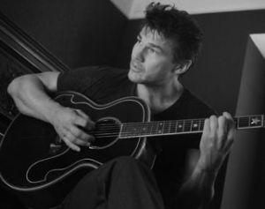 Morten guitar